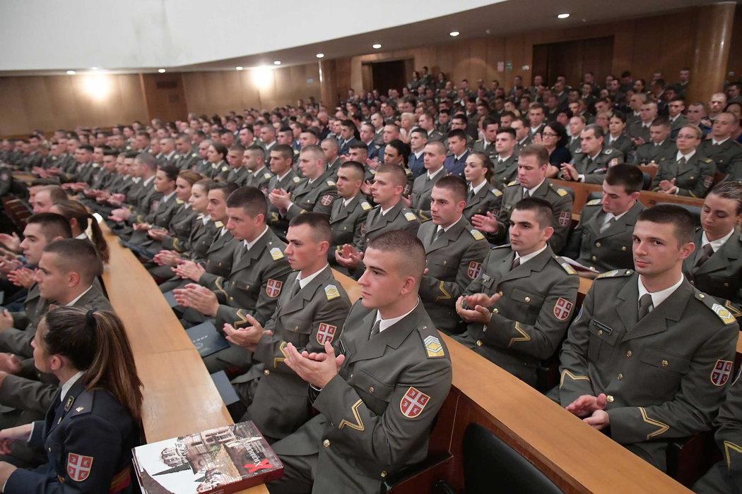 Vojne skole otvorile vrata buduci, djacima