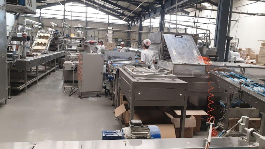 Rezultat slika za I to je moguće: Poslovni prostor u industrijskoj zoni na Kokinom Brodu izdaje se za 0 dinara