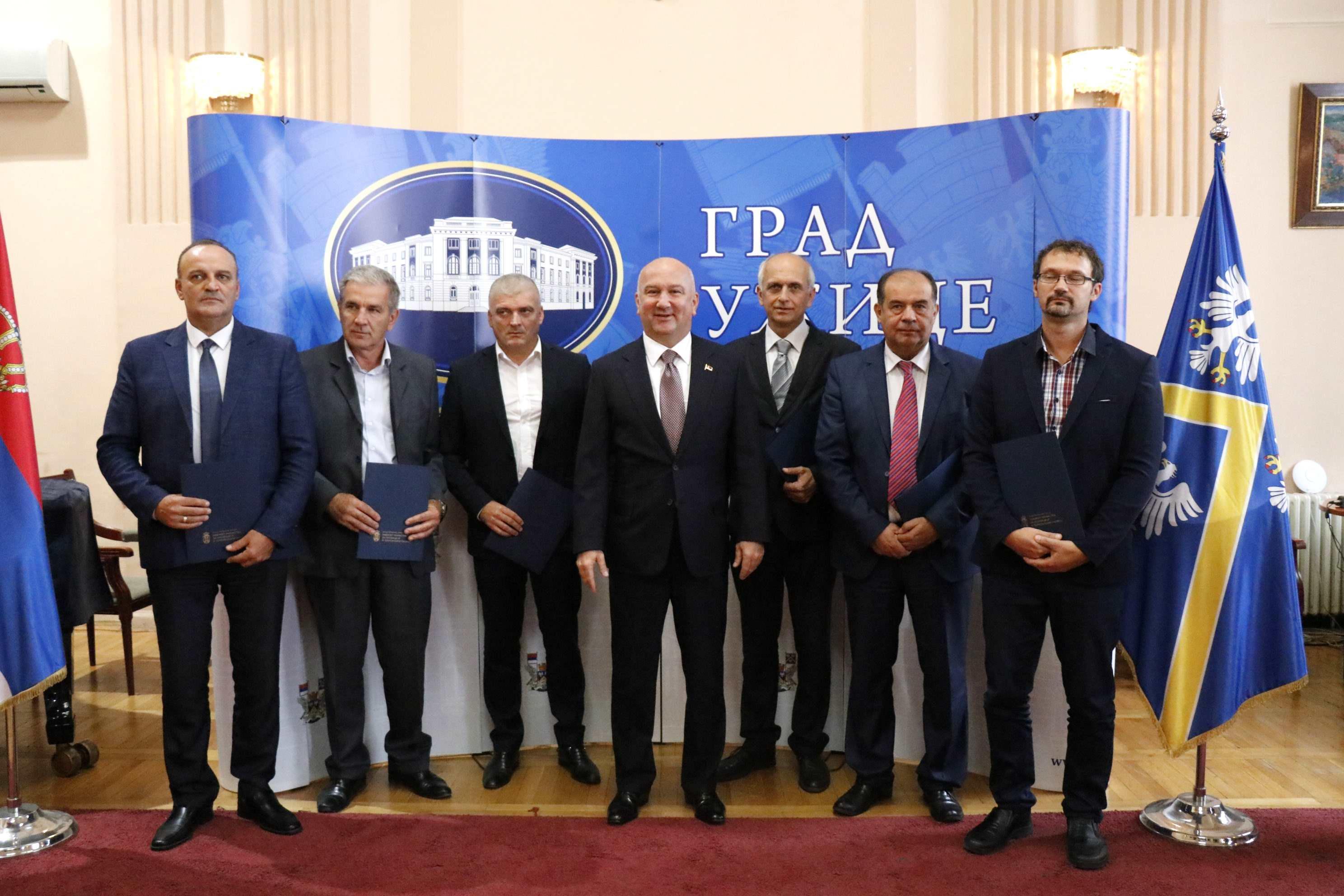 Za tri start up centra u Užicu, Priboju i Arilju 139 miliona dinara