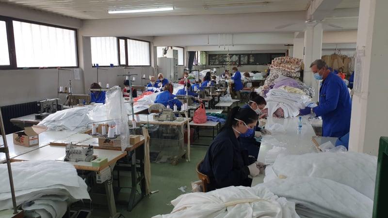 Maske sačuvale radna mesta ali i obraz (video)
