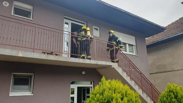 Garađani u panici zbog misterioznih požara, gore kuce u Prijepolju ...